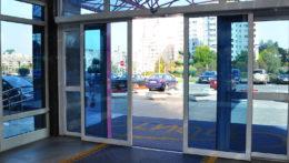 Автоматические раздвижные двери в ТЦ на Щелковском шоссе